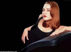 Fonds d'�cran C�l�brit�s Femme Image sans titre N�56771