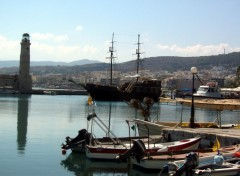 Fonds d'�cran Voyages : Europe Port de Rethymnon