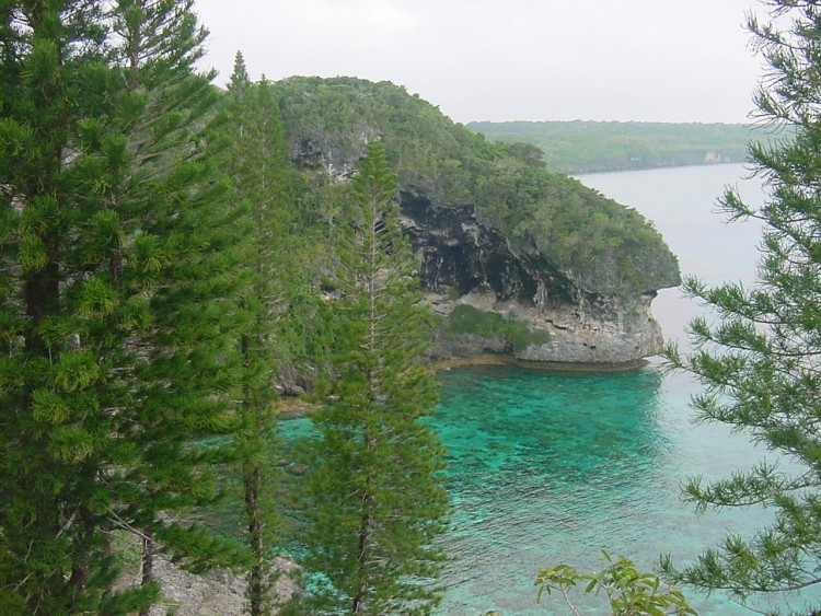 Wallpapers Trips : Oceania New Caledonia Lifou, falaise de Doking