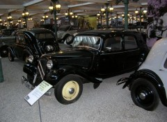 Fonds d'�cran Voitures Citro�n traction avant 11 CV