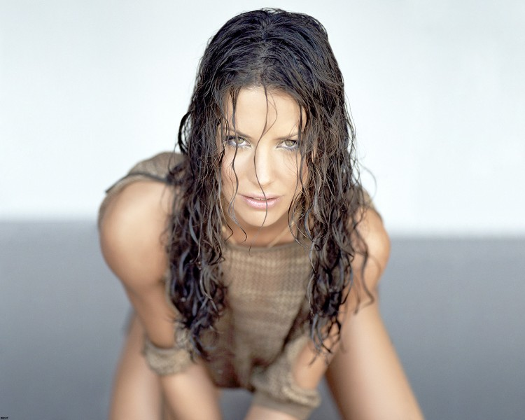 Fonds d'�cran C�l�brit�s Femme Evangeline Lilly Evangeline Lilly (Kate LOST)