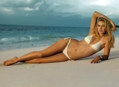 Wallpapers Celebrities Women maria en maillot de bain