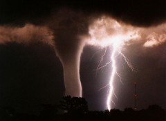 Wallpapers Nature TORNADO WARNING!!!!