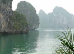 Fonds d'�cran Voyages : Asie Baie d'Ha Long
