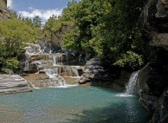 Fonds d'�cran Nature Torrent de l'Arc