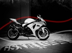Fonds d'�cran Motos Gsx R 1000