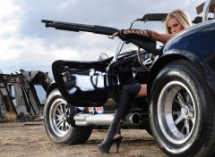 Fonds d'�cran Voitures ShelbyCobraGirlGun
