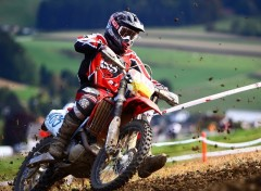 Fonds d'�cran Motos The Red Driver
