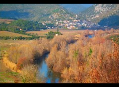 Fonds d'�cran Voyages : Europe Village de Roquebrun..