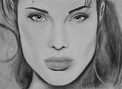Fonds d'�cran Art - Crayon Angelina Jolie Pastel